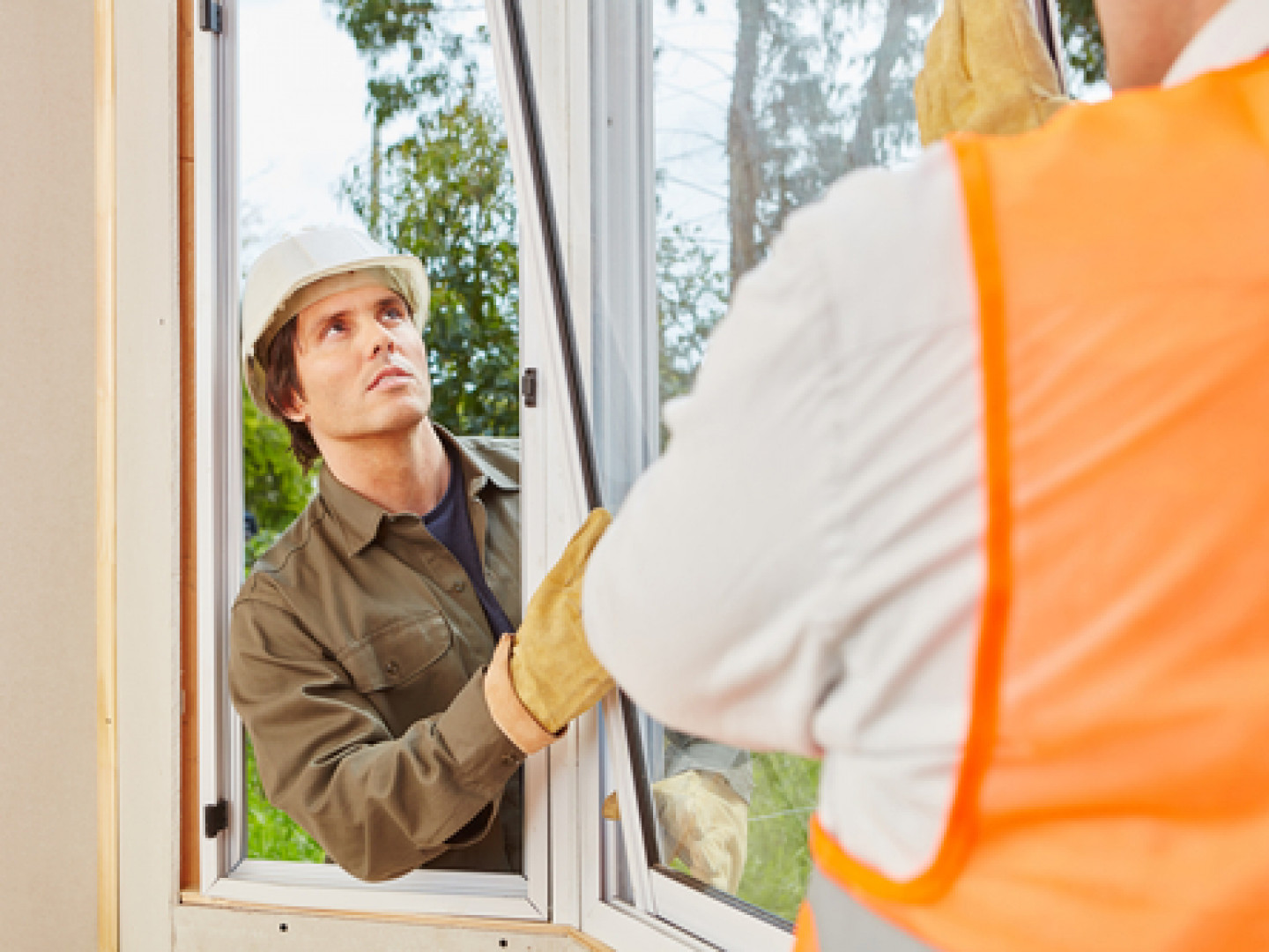 3 reasons to schedule window replacement services